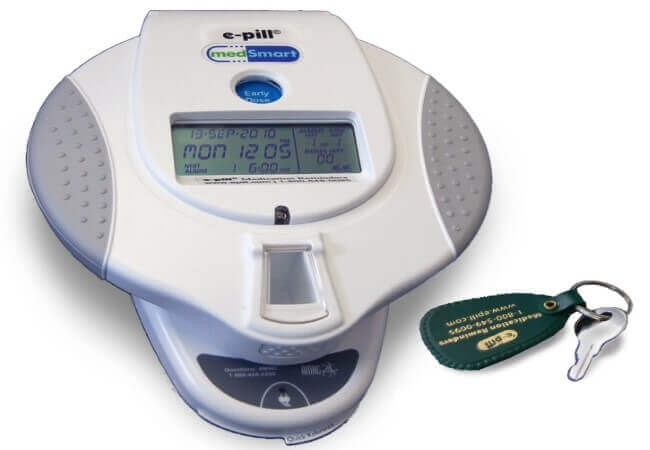 Automatic Pill Dispenser, Locked Cover and Patient Compliance Dashboard